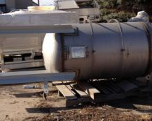 240 Gallon Vertical Tank on Legs, 316L SS, Year 2003, P/N 63587662