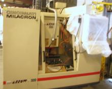 Cincinnati Milacron Arrow 500 CNCMachine w/some-tools