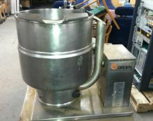 Groen TDB/7 Stainless Steel Steam Jacketed Kettle w/ stand